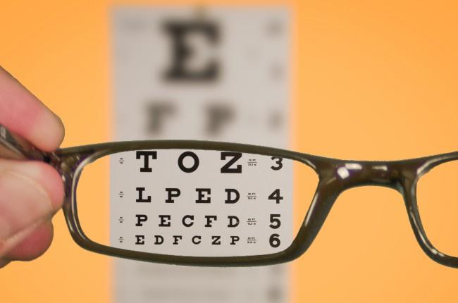 3016907-poster-glasses